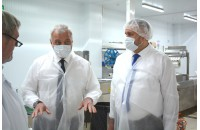 Глава Коми высоко оценил качество «Зеленецкой» продукции